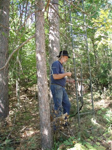 Bill Frey Moving the Tree Stand