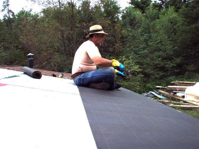 Cabin: Working the Roof (2)