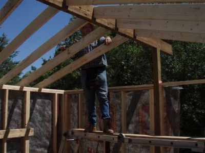Cabin -Building the Roof (10)