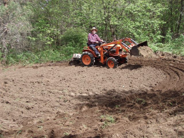 Bill Frey More Ploughing!