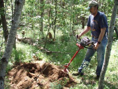 Forest Woodhenge - Starting the Outhouse Hole!